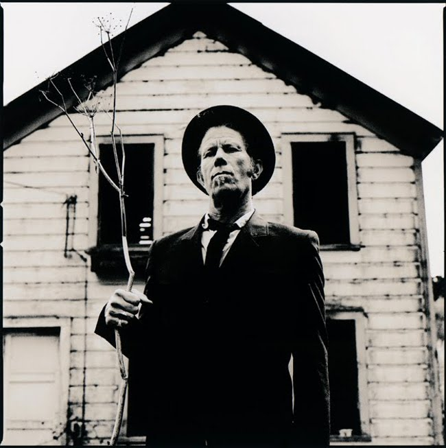 scary music stories tom waits