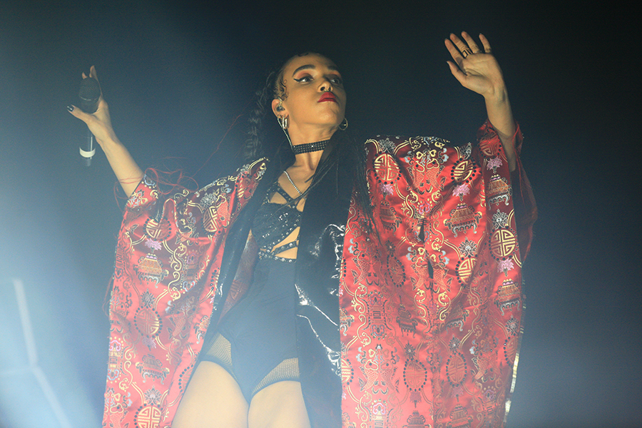 FKA twigs live at FYF Fest 2015
