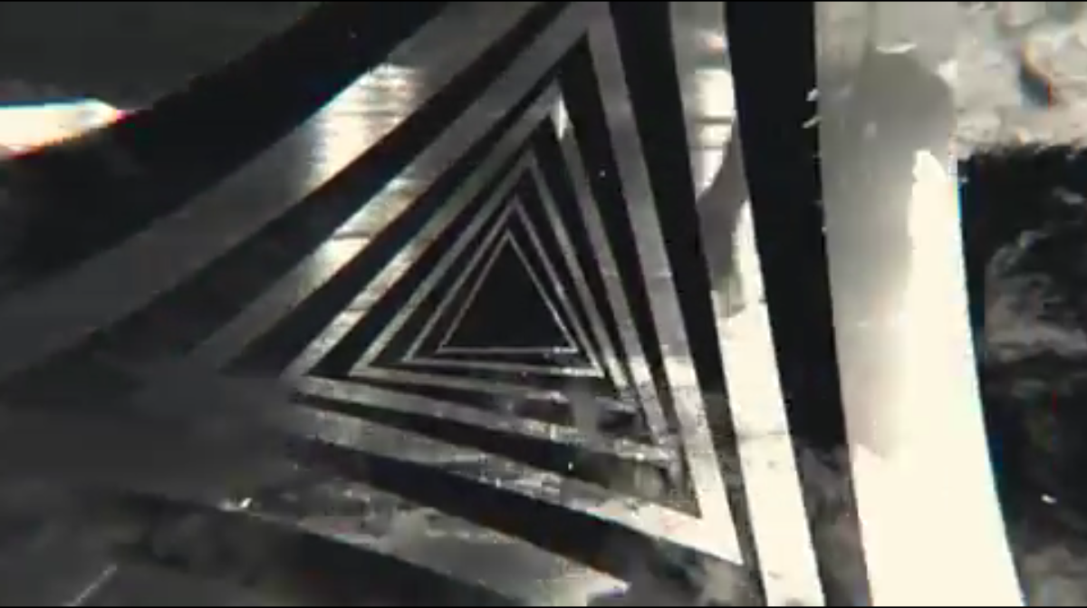 Deftones Prayers/Triangles video
