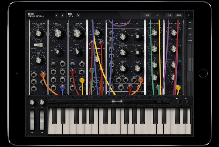 Moog Model 15 App Holiday Gift Guide 2016