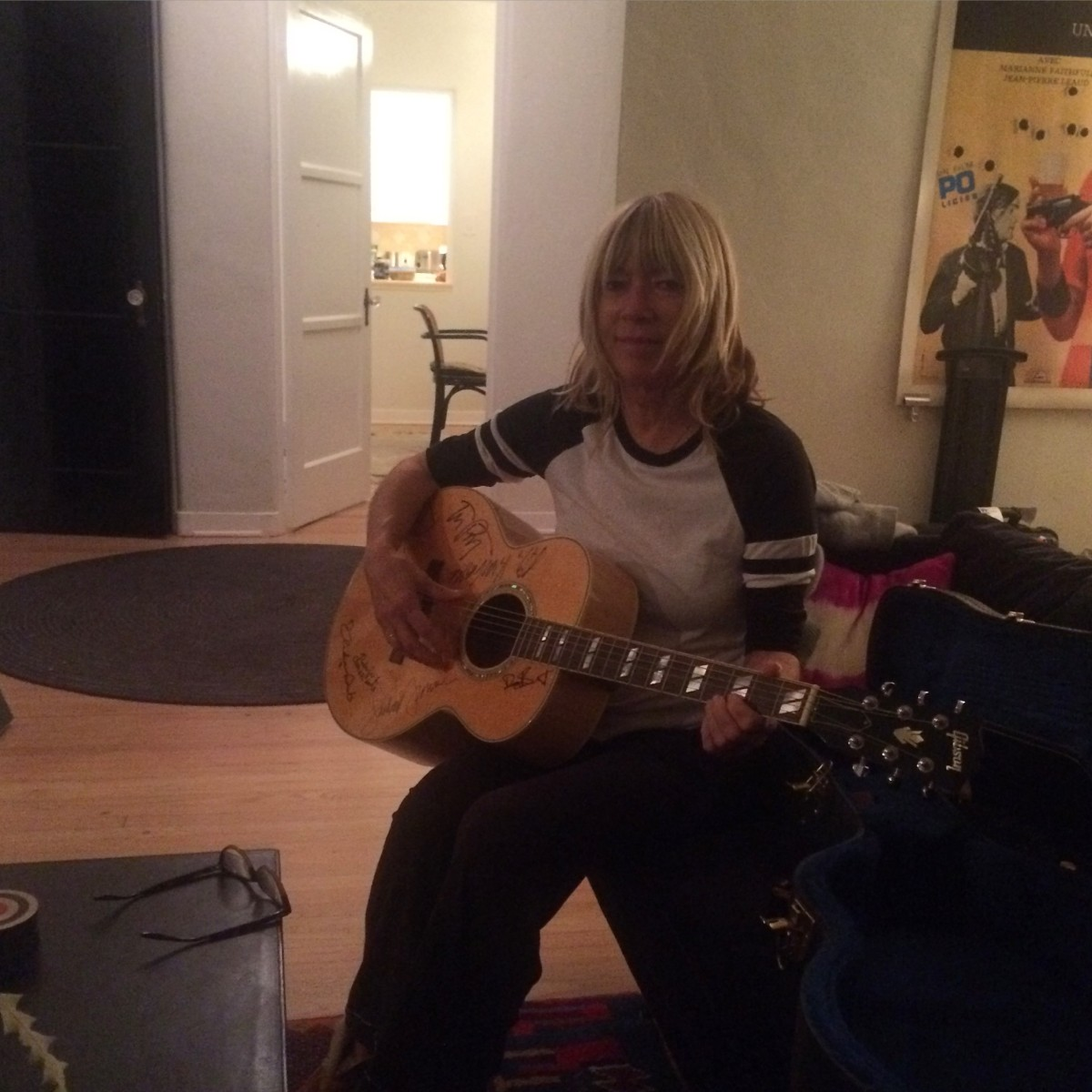 Kim Gordon planned parenthood guitar raffle