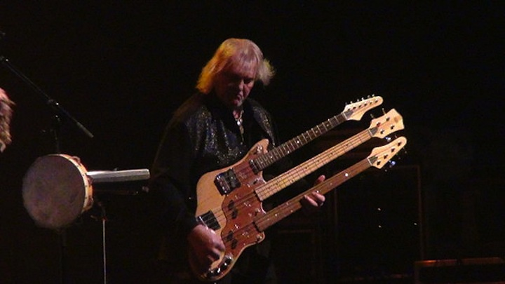 Chris_Squire_Wal_triple-neck_bass_2_-_24-05-13