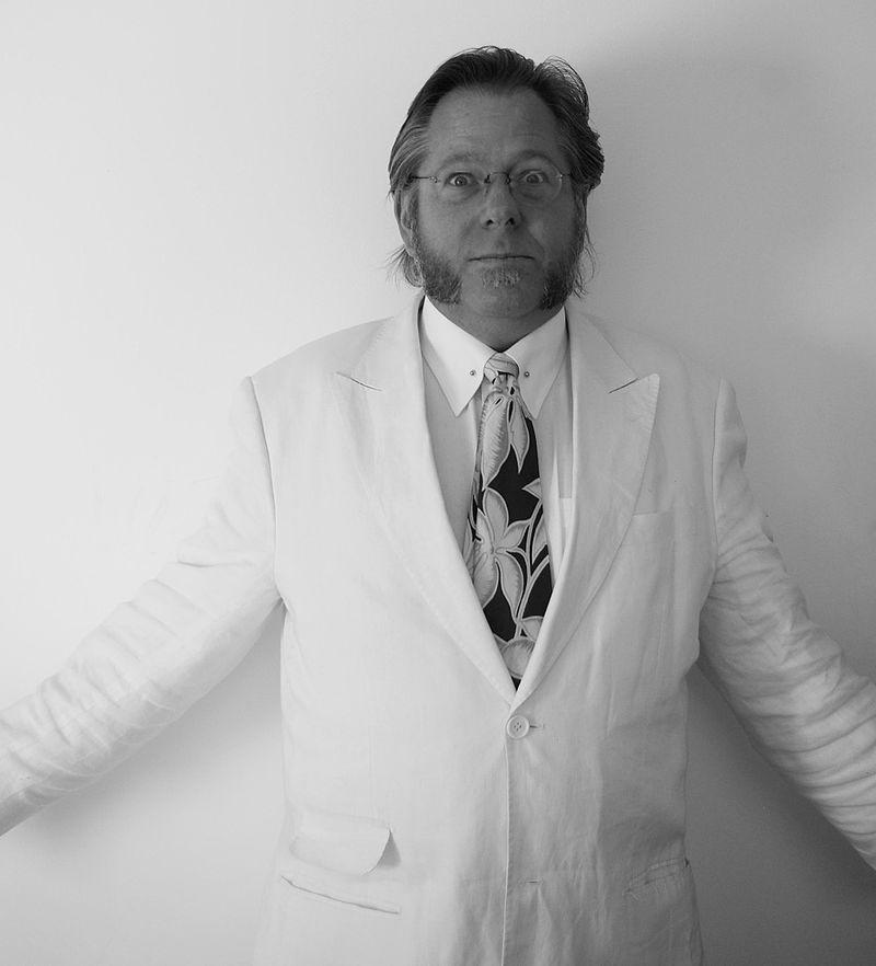 Ralph_white_suit_2010