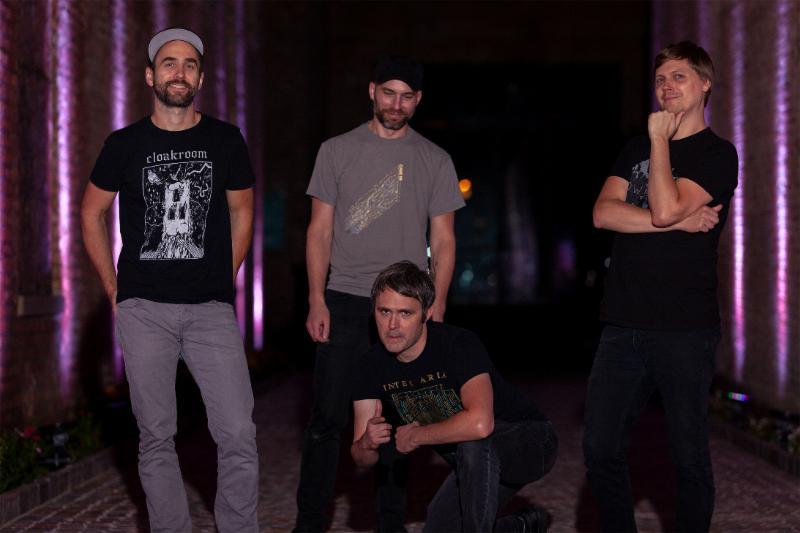 Pelican band 2019
